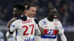 Lyon bat le PSG à la dernière seconde sur un but