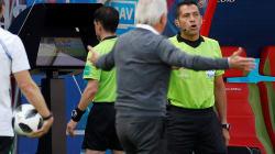 VAR marca pênalti para a França em momento histórico na Copa da