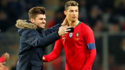 Le match Portugal/Pays-Bas interrompu pour un selfie et un bisou à