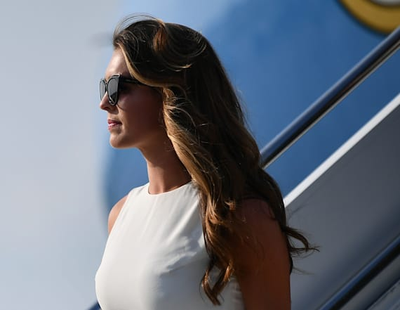Hope Hicks's look will have you do a double take