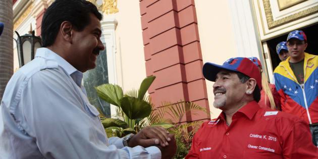"Venezuela: Maradona s'offre comme ""soldat"" à Nicolas Maduro"