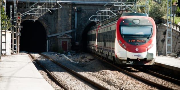 Un tren de Cercanias de Barcelona de la empresa Renfe.