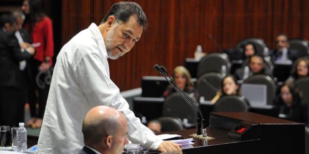 El diputado petista Gerardo Fernández Noroña en la Cámara de Diputados como parte de la glosa del 6to informe de gobierno del presidente Enrique Peña Nieto.