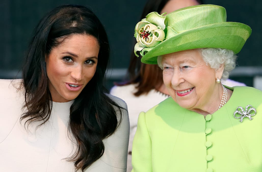 8ef91615f1fcf Queen Elizabeth visits Meghan Markle, Prince Harry as royal baby watch  continues: report