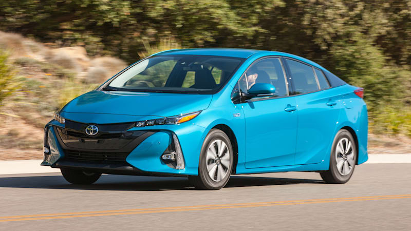 2017 Toyota Prius Prime Quick Spin | Homeliness and half-measures