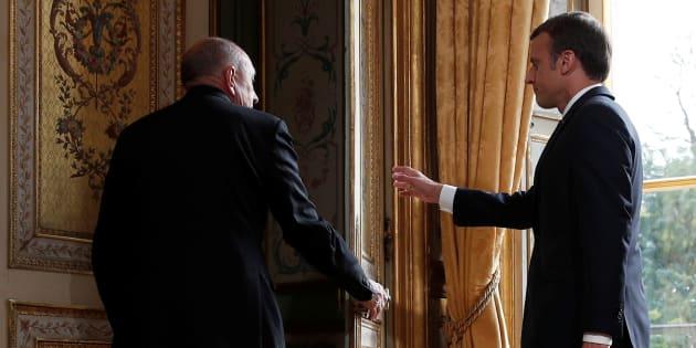 Le futur remplacement de Collomb, déjà un casse-tête pour Macron.