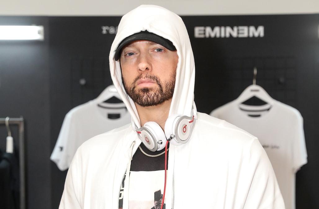 c054e404333c Eminem drops surprise album  Kamikaze