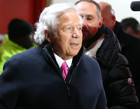 Report: Robert Kraft not expected to take deal