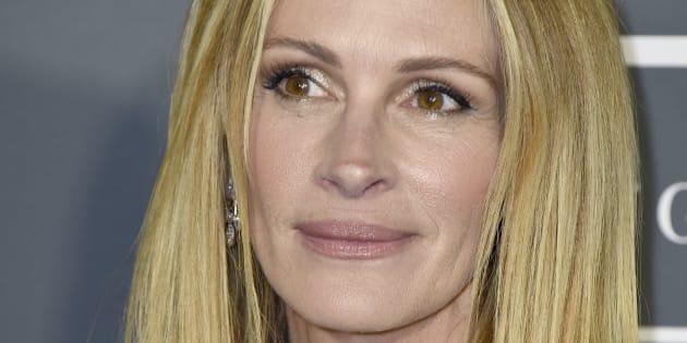 Julia Roberts a opté pour un look original lors de la 24ème édition des Critics Choice Awards.