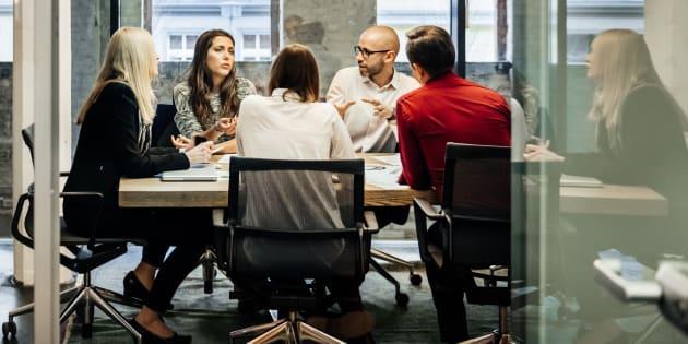 Surprise, les patrons veulent encore plus faire confiance à leurs employés.