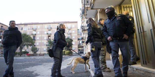 Ostia, sgominato il clan rivale degli Spada: 42 arresti