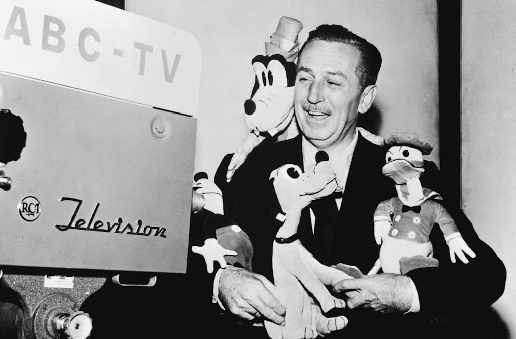 The Mysterious Note Walt Disney Left Behind Before He Died Aol