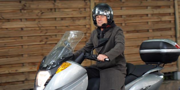 Patrimoine de Nicolas Hulot: le ministre assume ses nombreux véhicules.