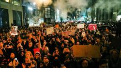 Manifestations monstres à New York et plein d'autres villes contre la victoire de