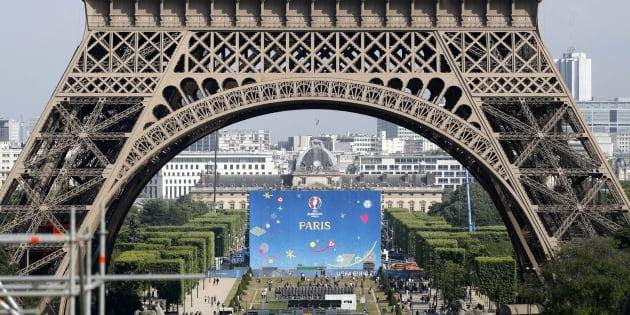 Ce qu'il faut savoir avant d'aller dans la fan zone sur le Champ-de-Mars pour France-Croatie