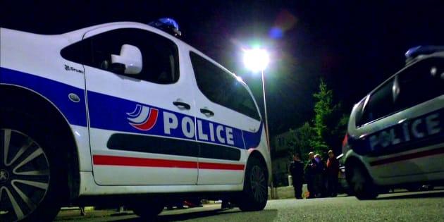 Magnanville: une clé USB avec 2626 noms de policiers retrouvée chez une jeune femme entendue dans l'enquête