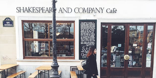 Shakespeare and Co is open on Sundays.