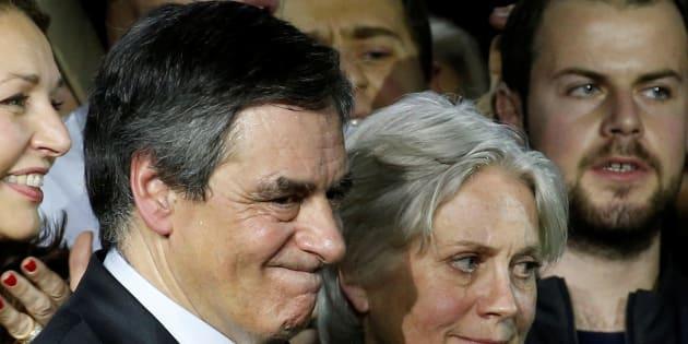 Le Parquet national financier passe la main sur l'affaire Fillon... mais ouvre la porte à une mise en examen