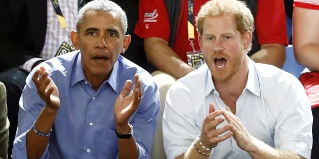 Esta niña robaba las palomitas al príncipe Harry y así reaccionó él