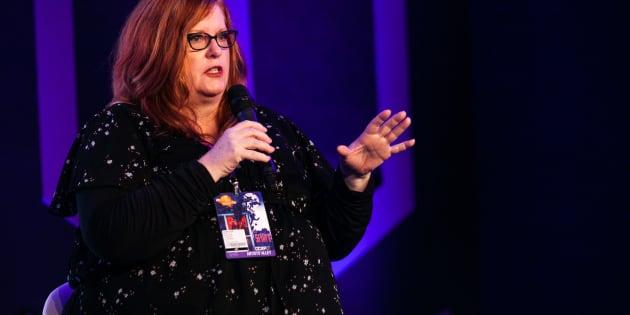 Gail Simone em painel sobre quadrinhos e diversidade na CCXP 2017.