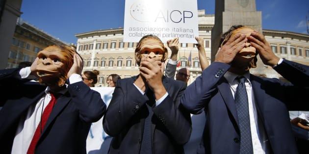 Flash mob dell'Associazione collaboratori parlamentari dello scorso 5 ottobre a Roma