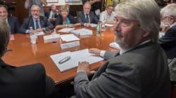 Sindacati pronti alla battaglia sull'età da pensione. Governo scopre le carte sui giovani, ipotesi assegno minimo 650 euro (s...