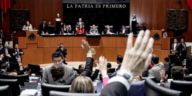 Morena postuló a nueve expriistas a un escaño en el Senado.