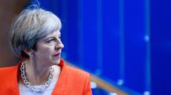 May annonce que les citoyens européens seront traités comme les autres immigrés après le