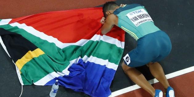 South Africa's Wayde van Niekerk celebrates winning 400m gold at the World Athletics Championships in London, UK, in August 2017.