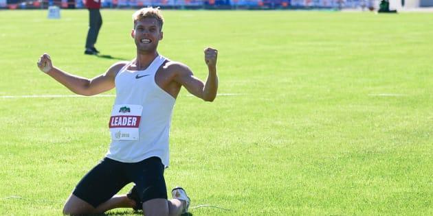 Kevin Mayer bat le record du monde du décathlon.