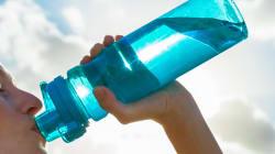 Pourquoi est-il important de nettoyer sa bouteille d'eau