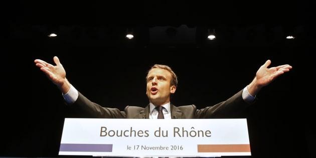 Emmanuel Macron en meeting à Marseille le 17 novembre 2016. REUTERS/Jean-Paul Pelissier