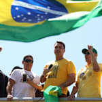 'Ato pela Vida' de Bolsonaro tem hino, oração, desabafo e