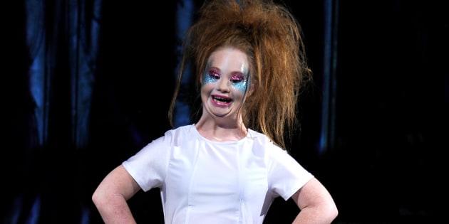 Madeline Stuart, mannequin atteinte de trisomie 21, a présenté sa première collection à la Fashion Week de New-York