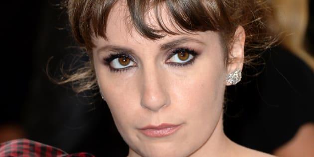 "Lena Dunham fait polémique en défendant un scénariste de ""Girls"" accusé de viol"