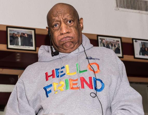 Bill Cosby makes rare public appearance