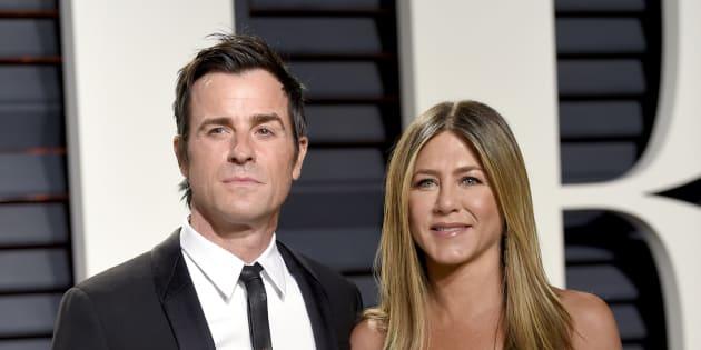 Justin Theroux y Jennifer Aniston en la fiesta Vanity Fair tras los Oscar el 26 de febrero de 2017.