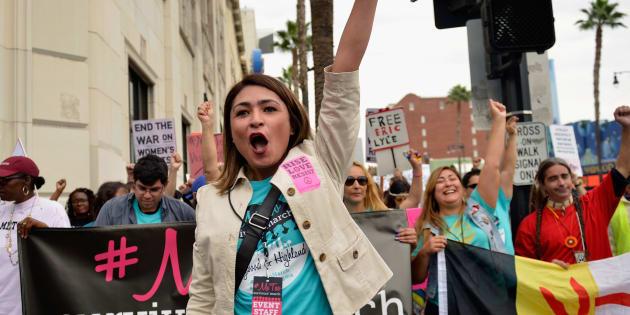 カリフォルニア・ハリウッドで行われた、MeTooの抗議運動(2017年11月)