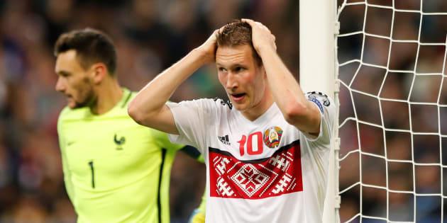 Certains internautes ne se sont pas remis du maillot de la Biélorussie contre la France ce 10 octobre 2017.