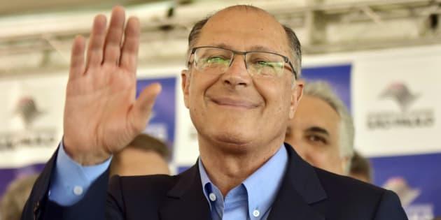Alckmin busca consolidar sua imagem no Nordeste e ganhar o apoio do PSB em Pernambuco.