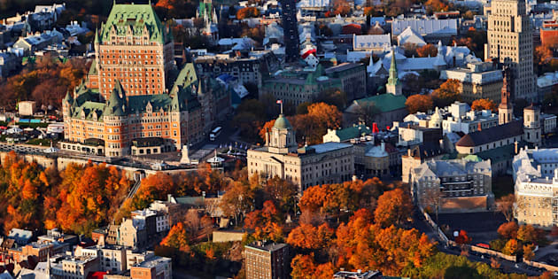 Pour convaincre les automobilistes de la Ville de Québec, il faut leur offrir un incitatif plus rapide que la voiture, plus confortable que l'autobus et plus fiable que le tramway.