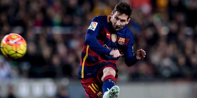 Coup-franc de Messi face à l'Athletic Bilbao en match retour de la Coupe d'Espagne le 17 janvier dernier