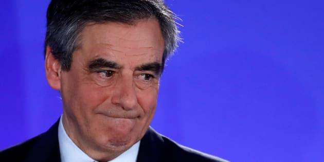 """François Fillon placé sous le statut de témoin assisté pour """"escroquerie aggravée"""" dans PenelopeGate"""