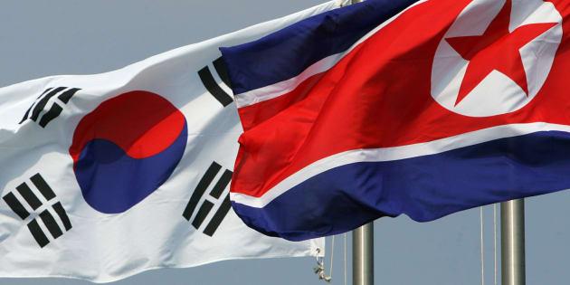 Jeux olympiques 2018: la Corée du Sud propose un défilé et une équipe de hockey féminine en commun avec le Nord
