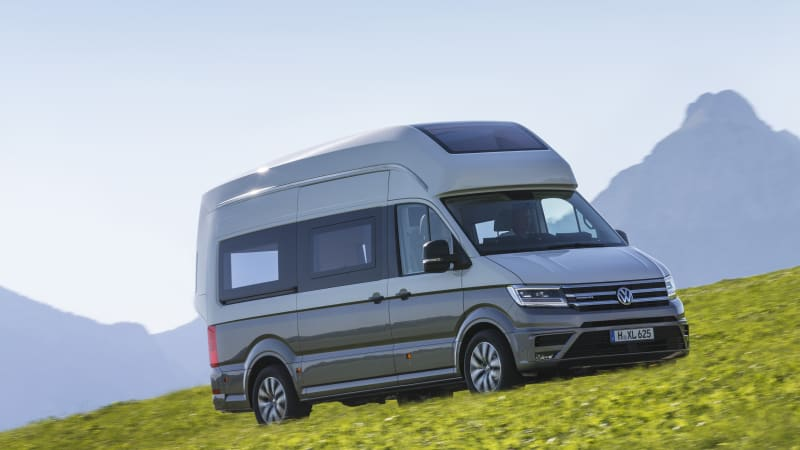 vw california xxl is the camper van of our dreams autoblog. Black Bedroom Furniture Sets. Home Design Ideas