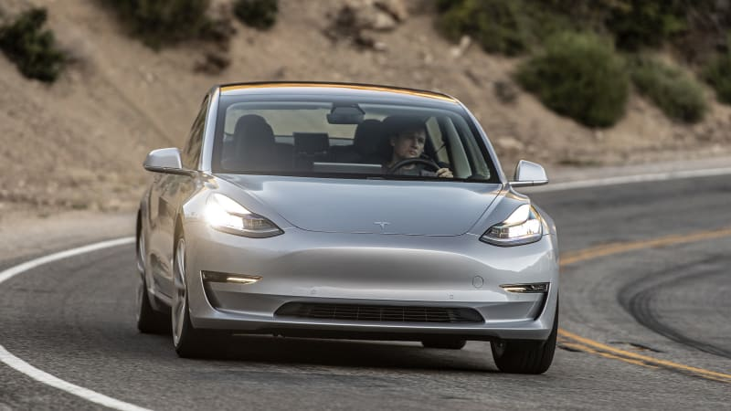 photo image Self-styled Tesla whistleblower files formal SEC complaint