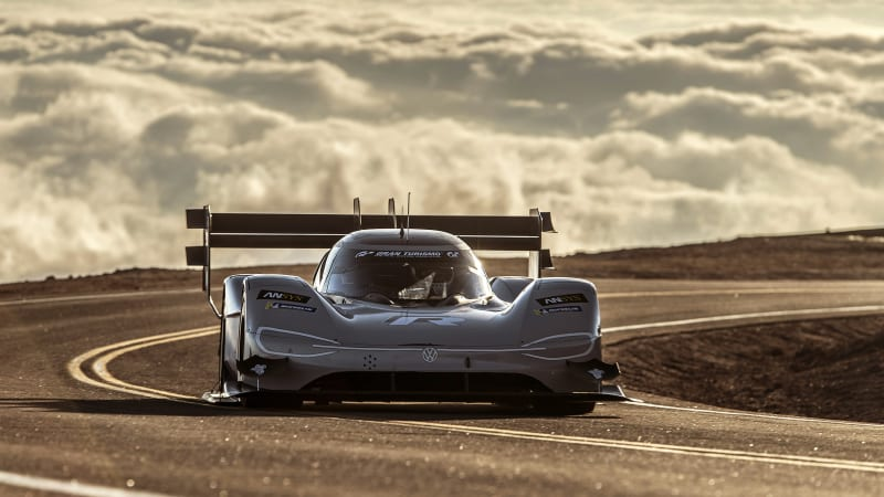Romain Dumas breaks Pikes Peak record with VW I.D. R electric racecar
