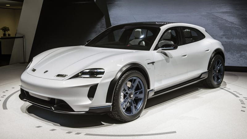 photo image Zellmer: Porsche building 500 fast-chargers in U.S.