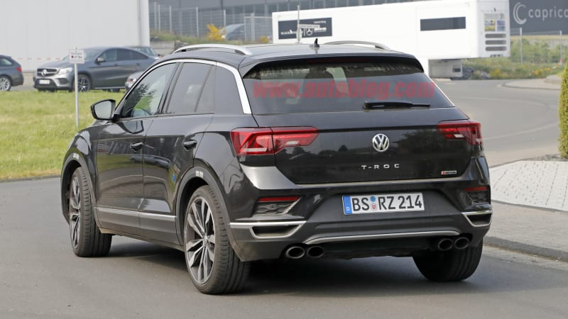 vw t roc gti or r spied testing autoblog. Black Bedroom Furniture Sets. Home Design Ideas