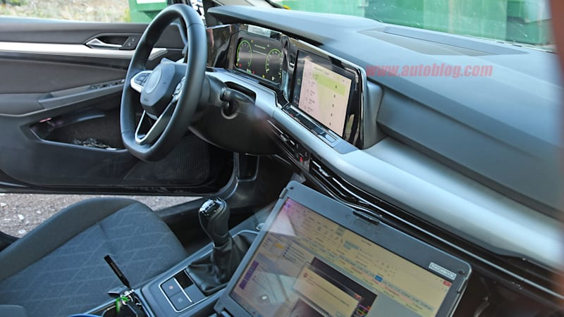 here 39 s a clear look at the next gen golf 39 s minimalistic interior autoblog
